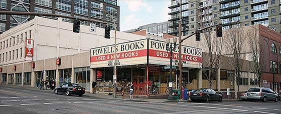 Powell's Book Store Portland, Oregon